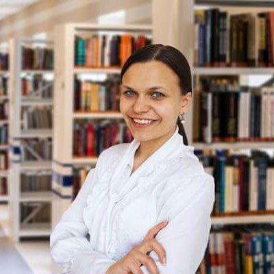 Преподаватель немецкого Юлия